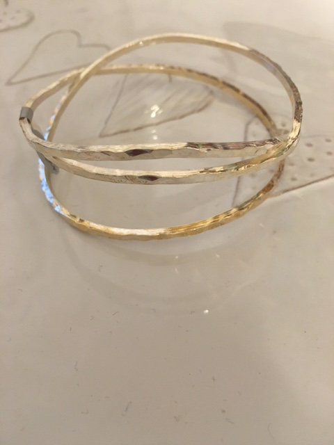 Multi-strand textured bangle